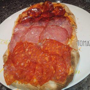 pizza 3 salami
