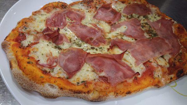 pizza jamon y bacon